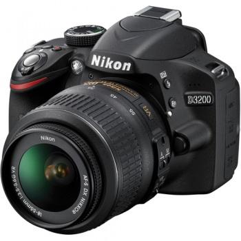 Nikon D3200 with 18-55mm VR Lens - in Black