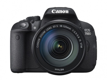 Canon EOS 700D/T5i DSLR Camera with 18-135mm IS STM Lens