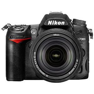 Nikon D7000 16.2MP DX-Format CMOS Digital SLR with 18-140mm Lens
